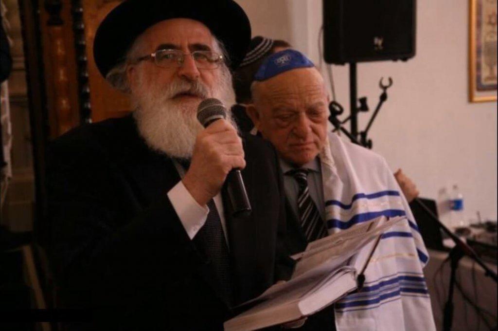הרב הראשי לרומניה הרב רפאל שפר, עם נשיא הפדרציה של הקהילות היהודיות ברומניה מר אאורל ווינר